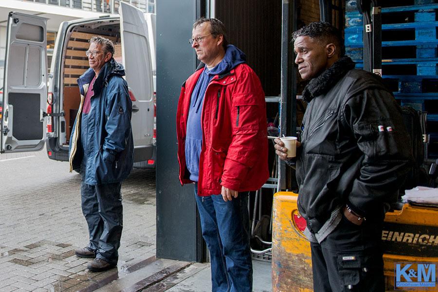 Voedselbanken: Wachten op de voorraden